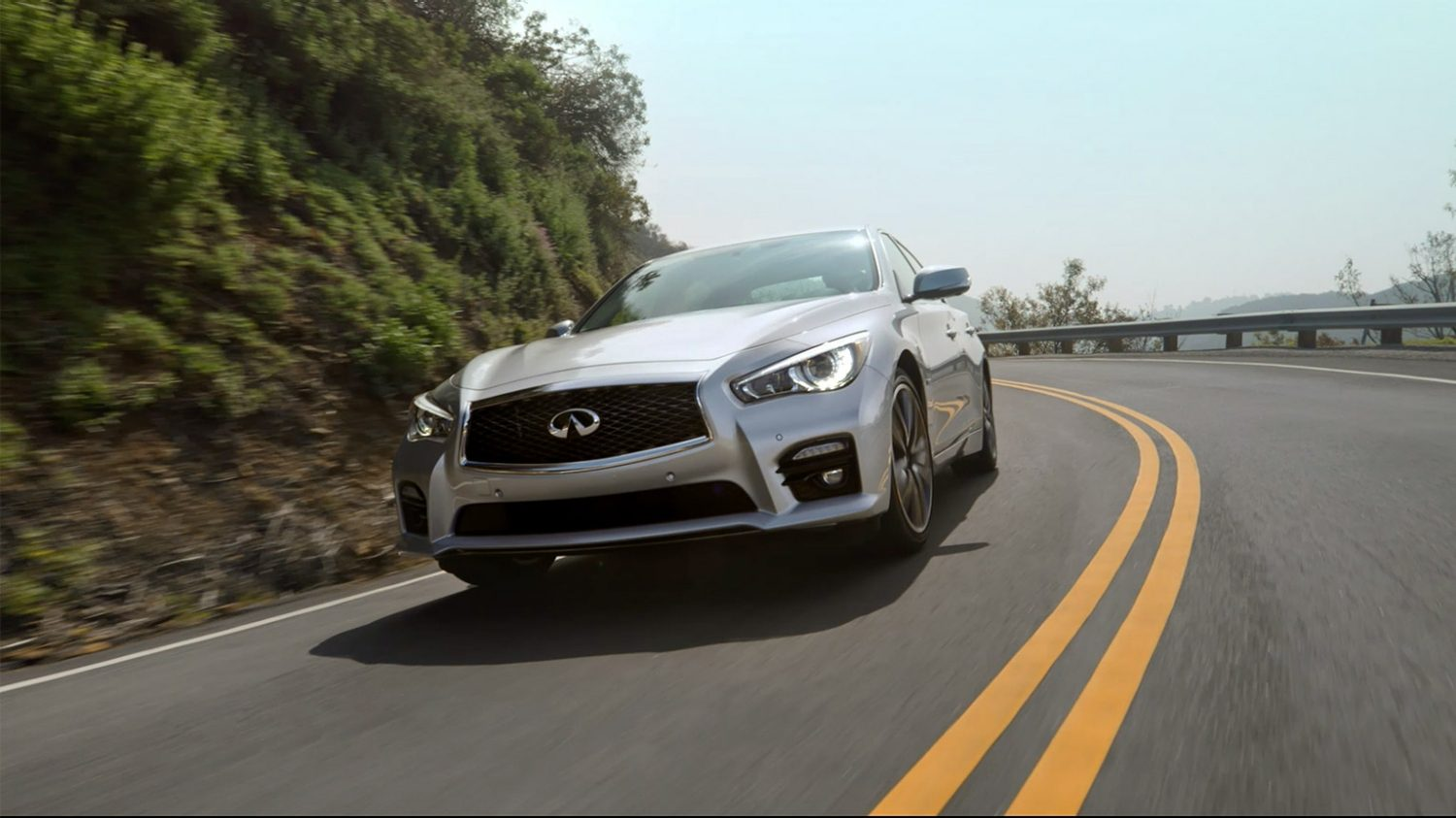 Infiniti Q50 | Direct Adaptive Steering