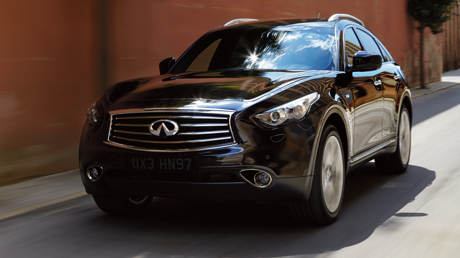 Avertissement anticollision frontale (FCW - Forward Collision Warning) de l'Infiniti QX70