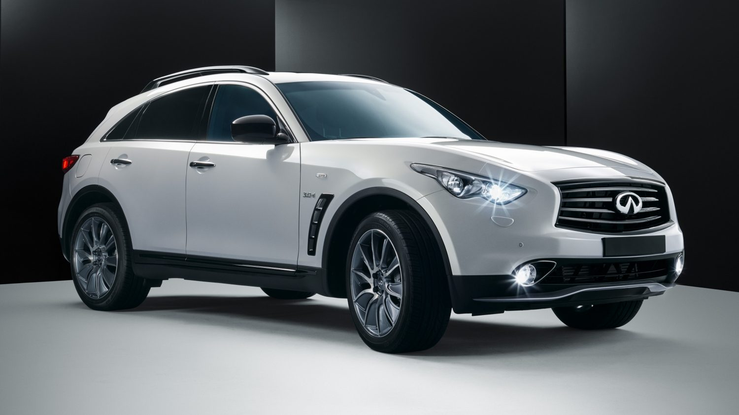 Black Qx70 >> Infiniti QX70 Ultimate Edition - Ultimate Luxury Crossover SUV Car