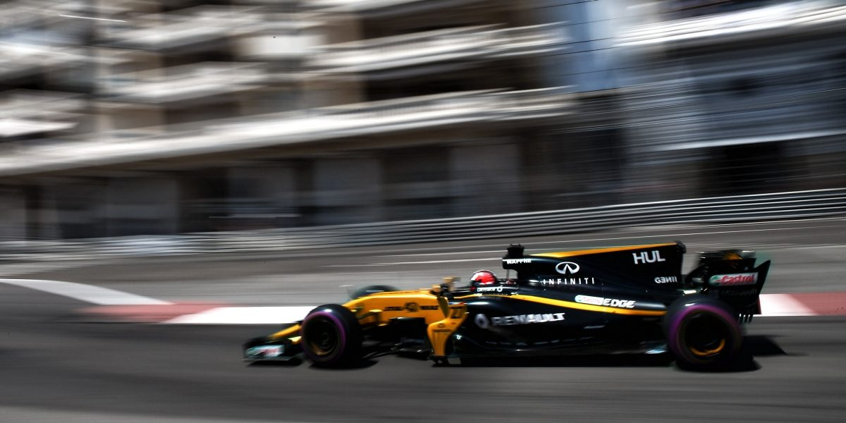 INFINITI Renault Formula One Alliance