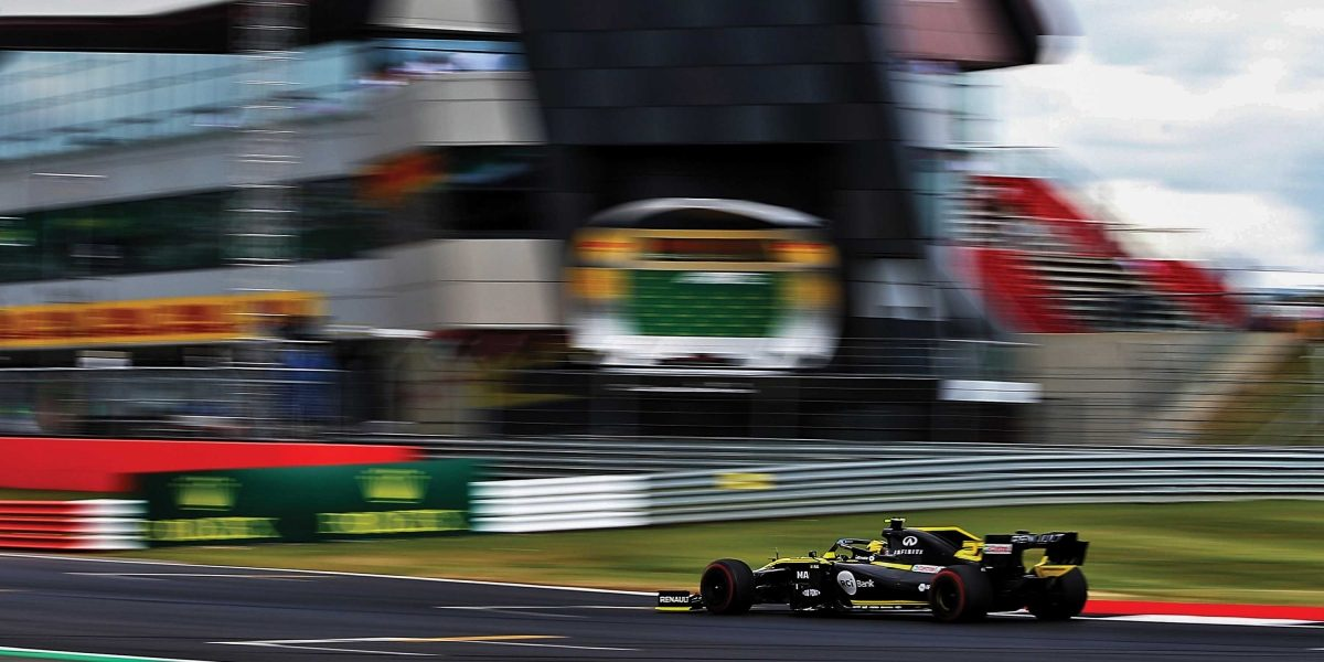 INFINITI and Renault F1 Team car on track at British GP 2019
