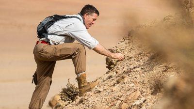 INFINITI QX Series find new fossil sites in Gobi desert