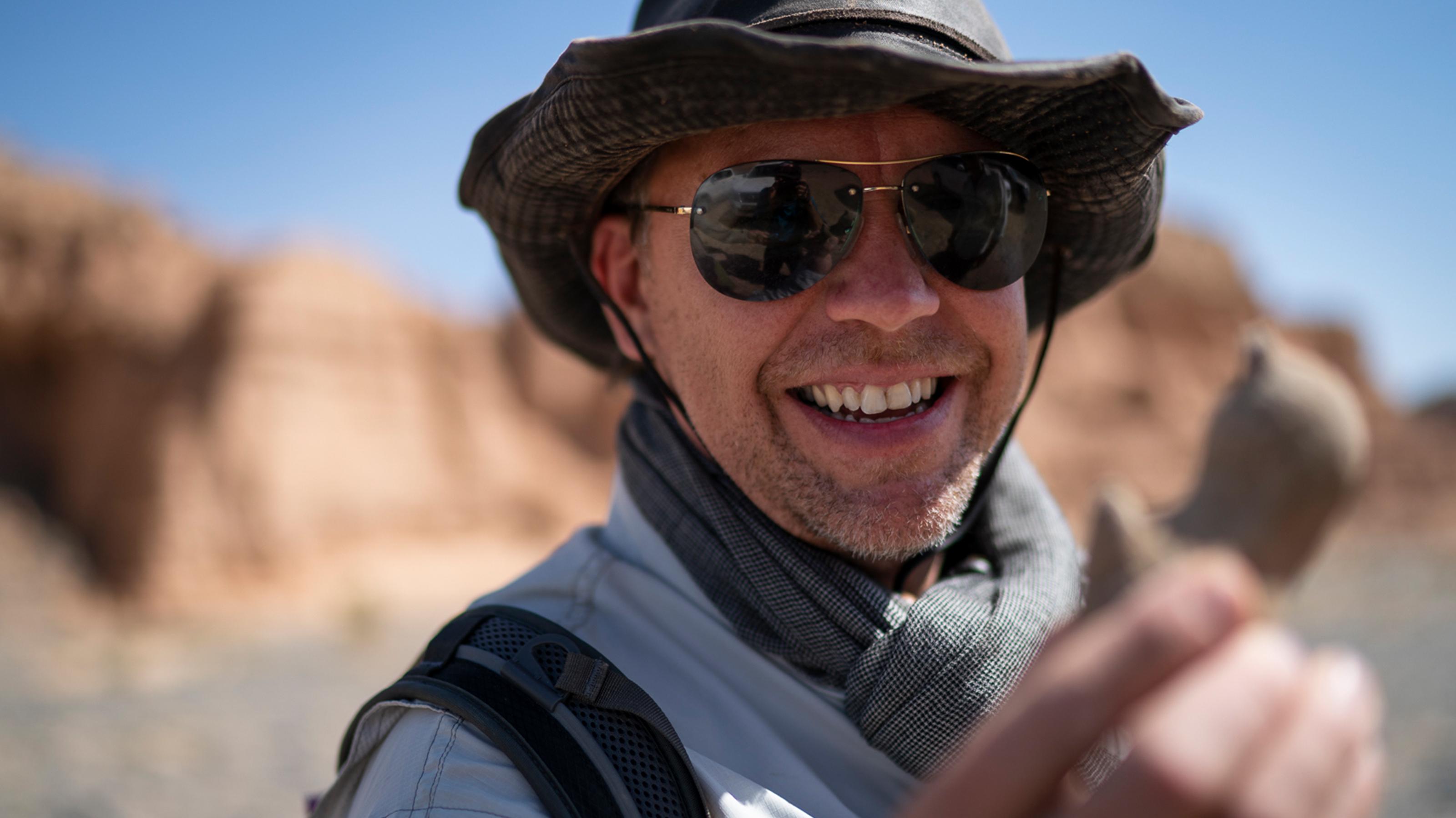 INFINITI QX Series unveil new dinosaur fossils in Gobi Desert