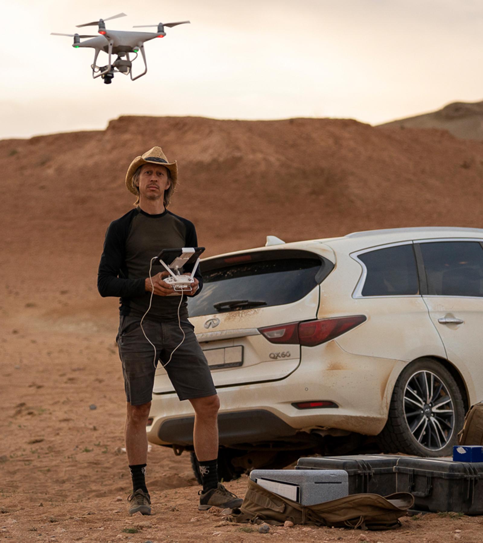 INFINITI QX Series use new technologies in Gobi Desert