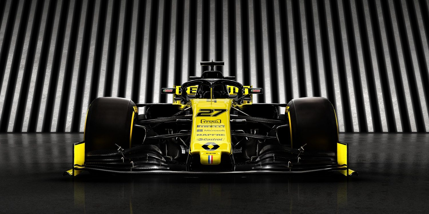 INFINITI and Renault F1™ Team car from the front