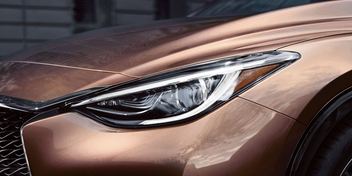 2018 INFINITI Q30 Crossover LED Headlights