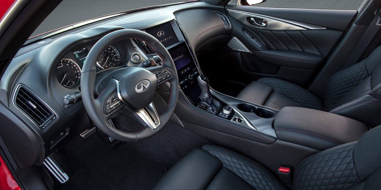 2018 INFINITI Q50 Red Sport Sedan Design | Steering Wheel