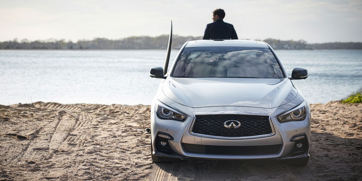 2020 INFINITI Q50 Sport Sedan Design Signature Double Arch Grille and LED Headlights