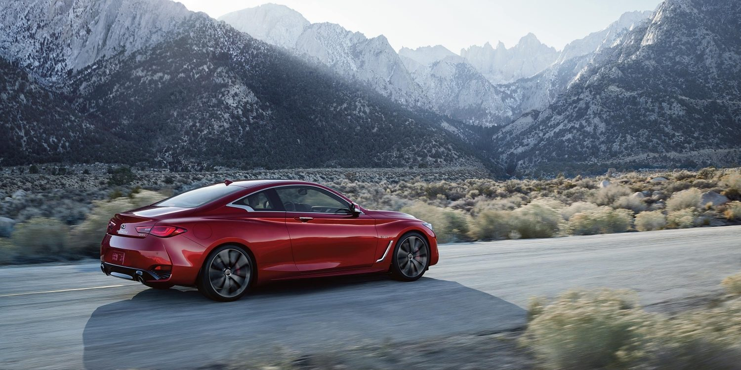2018 INFINITI Q60 Red Sport 400 Sports Coupe Design Gallery | Passenger Side View