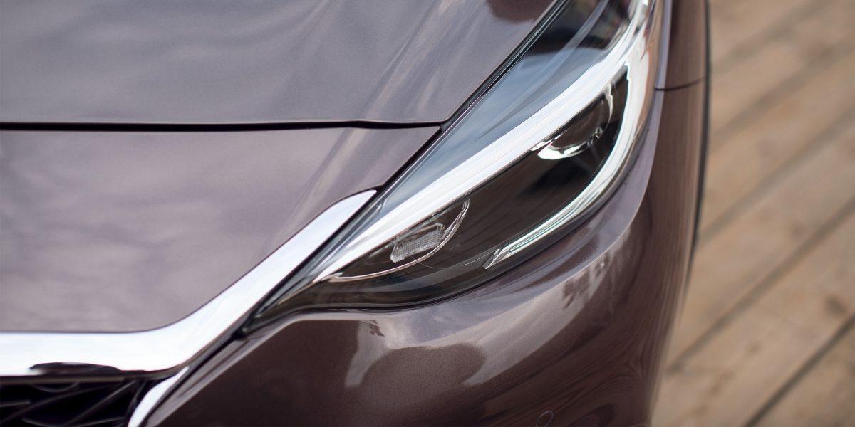 2018 INFINITI QX30 Premium Crossover Halogen Headlights