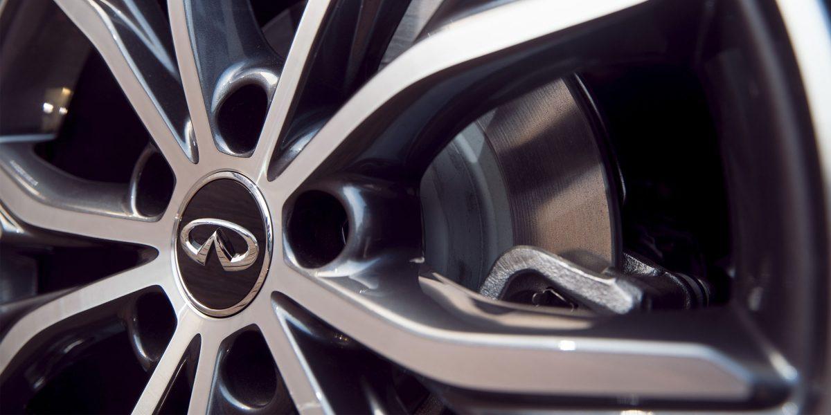2018 INFINITI QX30 Premium Crossover Tire Pressure Monitor
