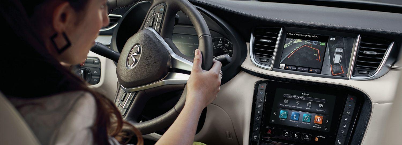 2020 INFINITI QX50 Luxury Crossover Interior Monitors