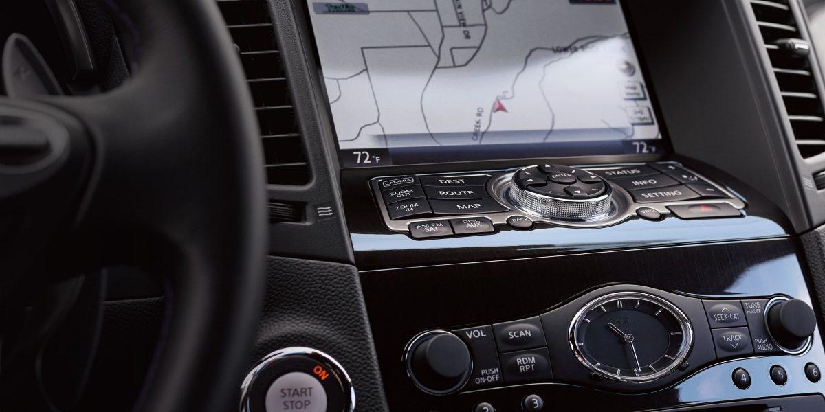2018 INFINITI QX70 Navigation