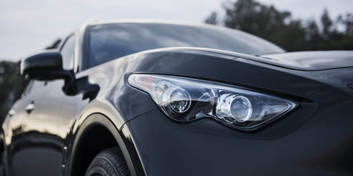 2018 INFINITI QX70 LED Headlights