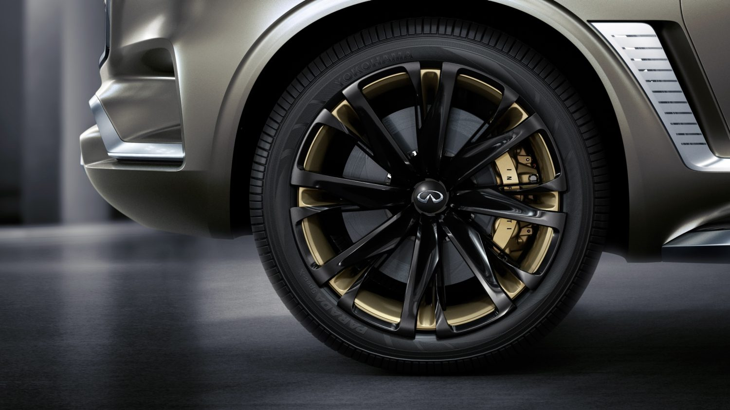 INFINITI QX80 Monograph Luxury SUV Concept's LED 24-Inch Wheels