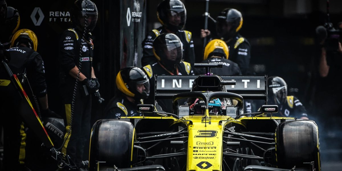 INFINITI and Renault Formula One Team Grand Prix Mexico Car being Serviced